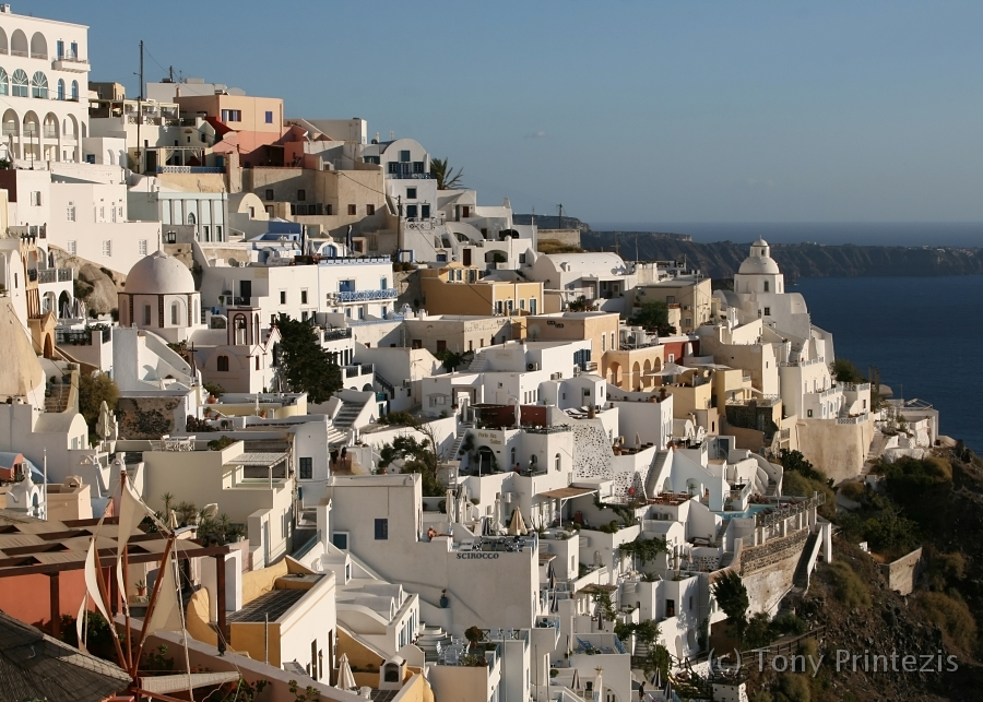 Photography/01. Majestic Santorini/fira